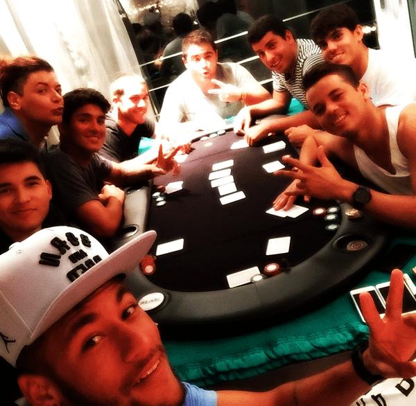 Neymar play poker
