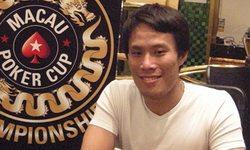 Покерист и боец ММА пообщался с журналистами