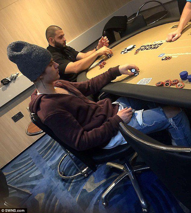 Бибер покер