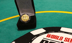 Лони Харвуд выиграла третий турнир WSOP Circuit