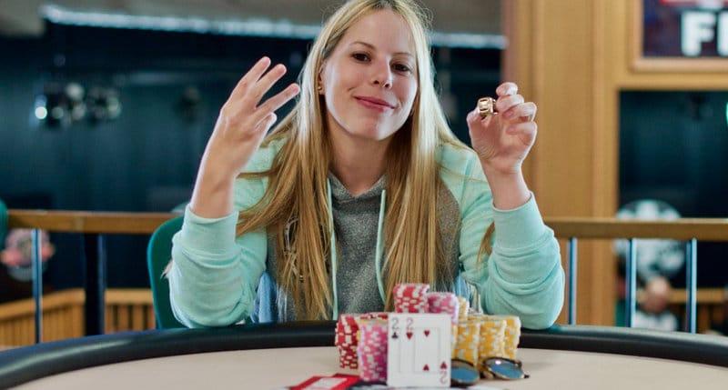 Loni Harwood WSOP
