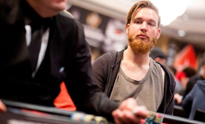 Как Фабиан Квосс относится к покеру